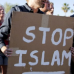 WASHINGTON STATE: Muslim sympathizers confront anti-Islam protesters in front of a mosque, CAIR threatens lawsuit against the patriots