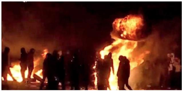 Nuits d'émeutes - Page 10 Screen-Shot-2020-08-28-at-10.11.32-PM